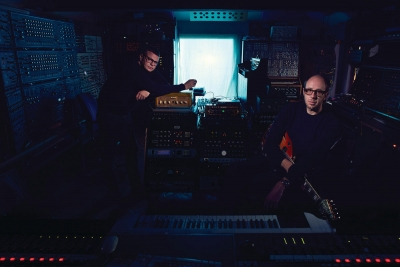 "Ed Simmons (of The Chemical Brothers) (""Groove 88"" + Walla)"